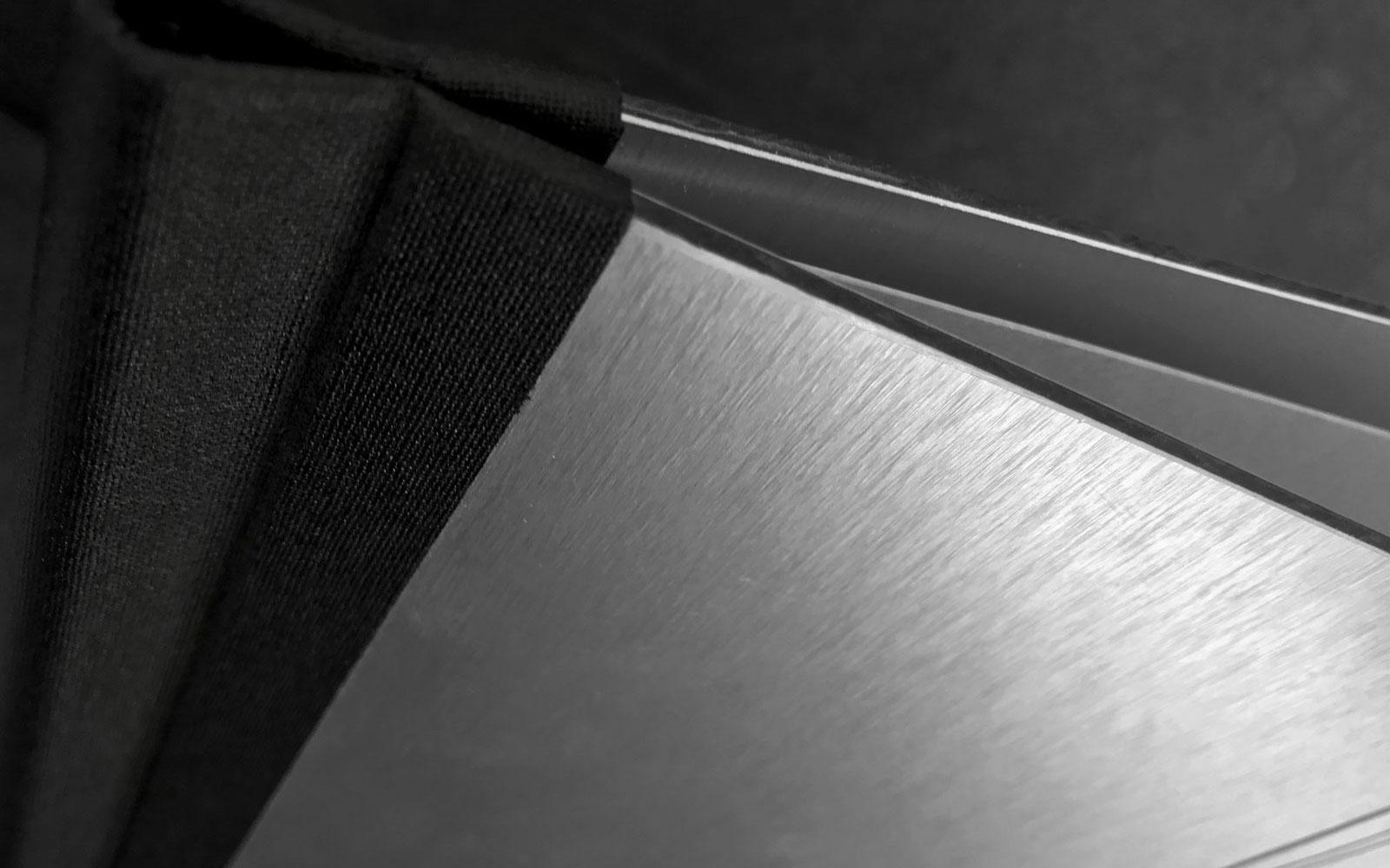 Speisekarte aus Aluminium Titelbild